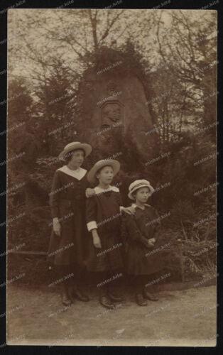 Foto-AK-Stuttgart-Gedenkstein-Mädchen-Girls-Kleid-Hut-um-1918-2