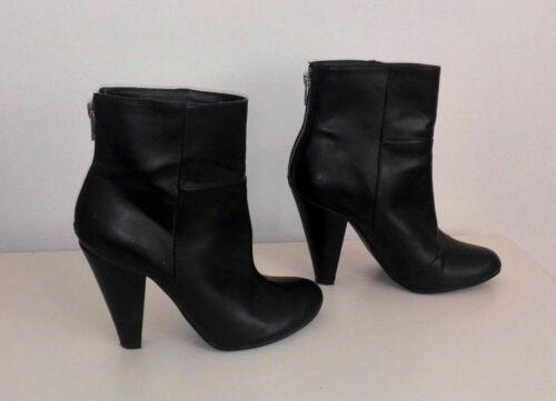aac90bb84daf64 1 von 5 Stiefeletten H M Gr. 38 schwarz Stiefel Schuhe Boots Ankle High  Heels