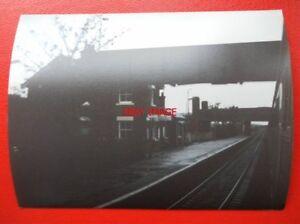 PHOTO-LANCASHIRE-LAYTON-RAILWAY-STATION-1983