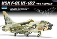 Academy-1/72 Plastic Model Kit USN F-8E VF-162 The Hunters NIB 12521