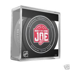 DETROIT RED WINGS Farewell Season Joe Louis Arena 1979-2017 OFFICIAL GAME PUCK