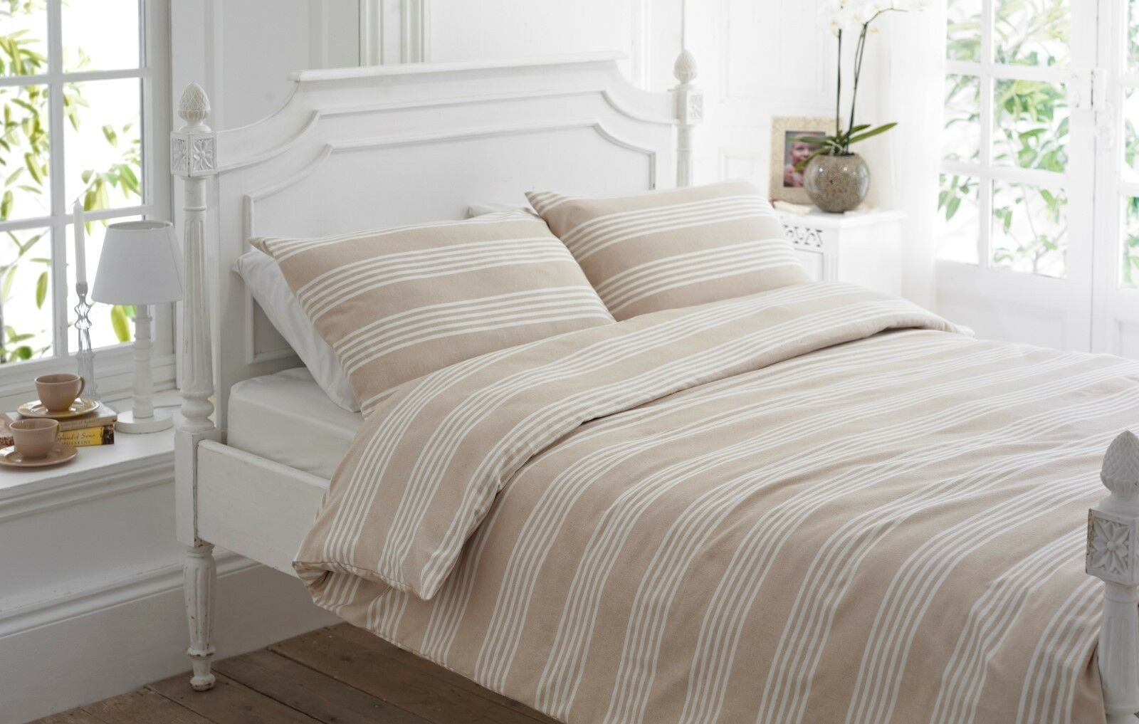 Beige & Weiß Stripe Luxury Flannelette Brushed Cotton Duvet Cover Set - BOWMORE