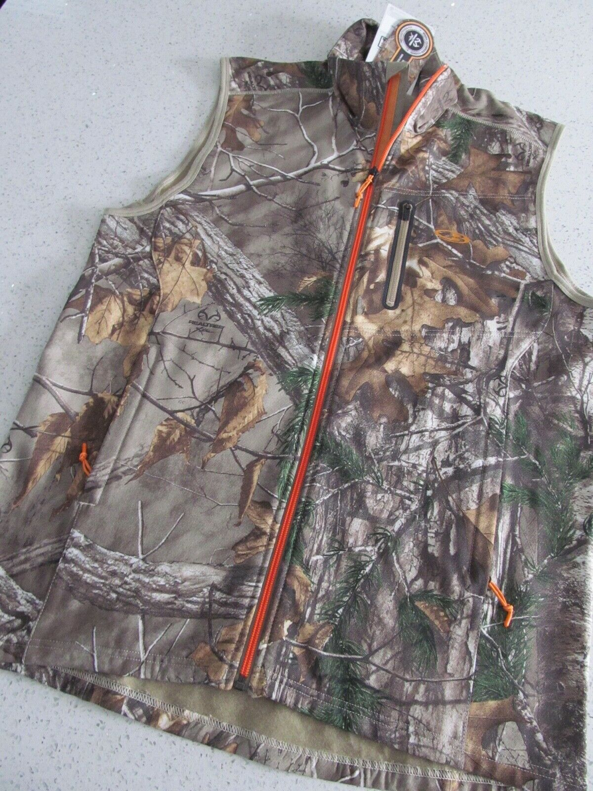 Icebreaker Merino Wool Mens Medium Camo Vest Realtree Extra