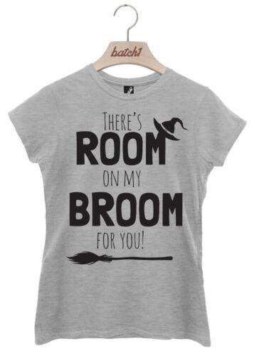 BATCH1 THERE/'S ROOM ON MY BROOM HALLOWEEN FANCY DRESS WOMENS T-SHIRT