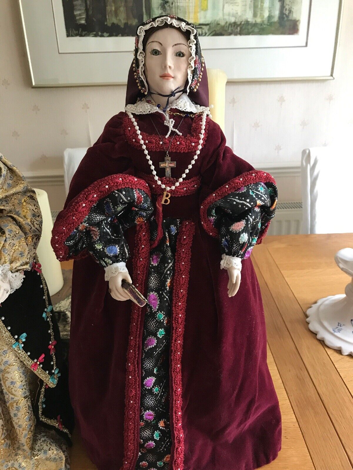 QUEEN MARY TUDOR  (BLOODY MARY) VINTAGE DOLL BY MARGARET FORD 1994