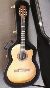 Gibson-Chet-Atkins-CE-solid-body-electro-nylon-string-guitar-1993-used-case