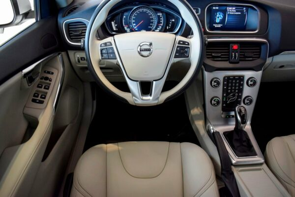 Volvo V40 2,0 D2 120 Inscription aut. - billede 5