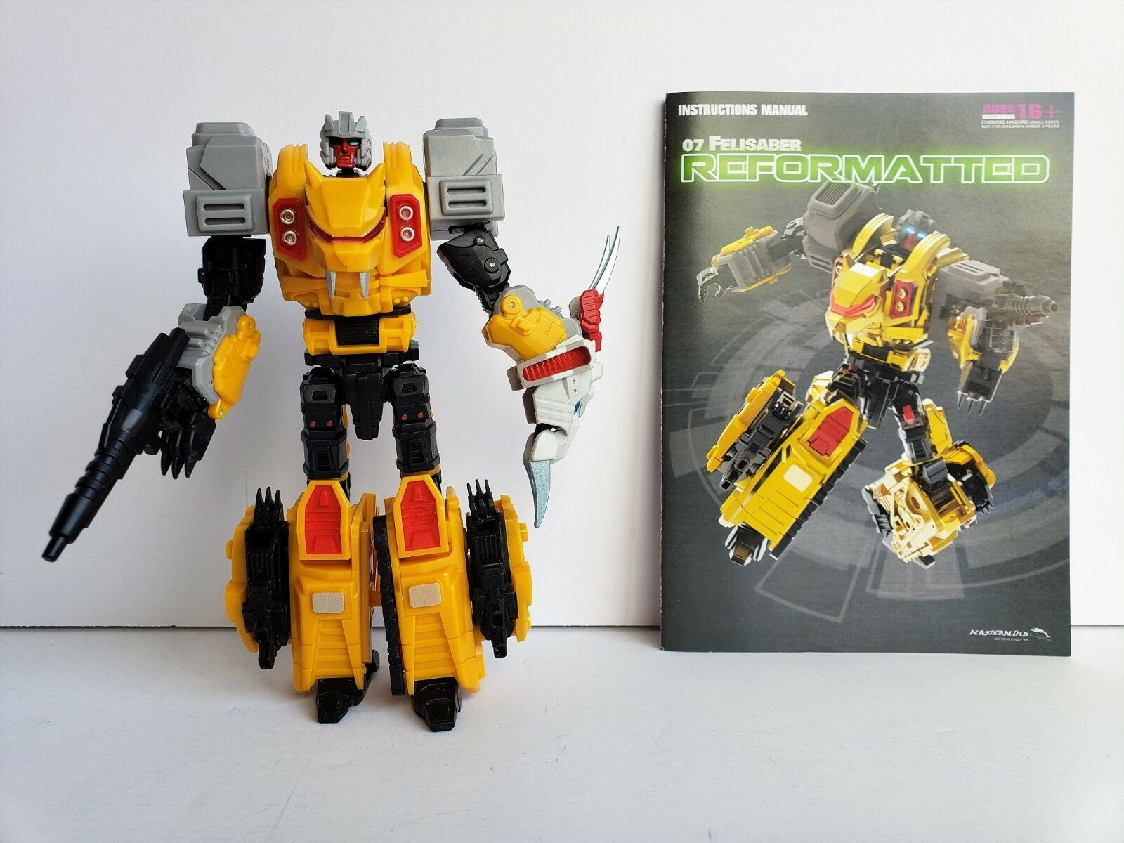 Transformers Mastermind Creations Reformatted  07 FELISABER (CATILLA) COMPLETE
