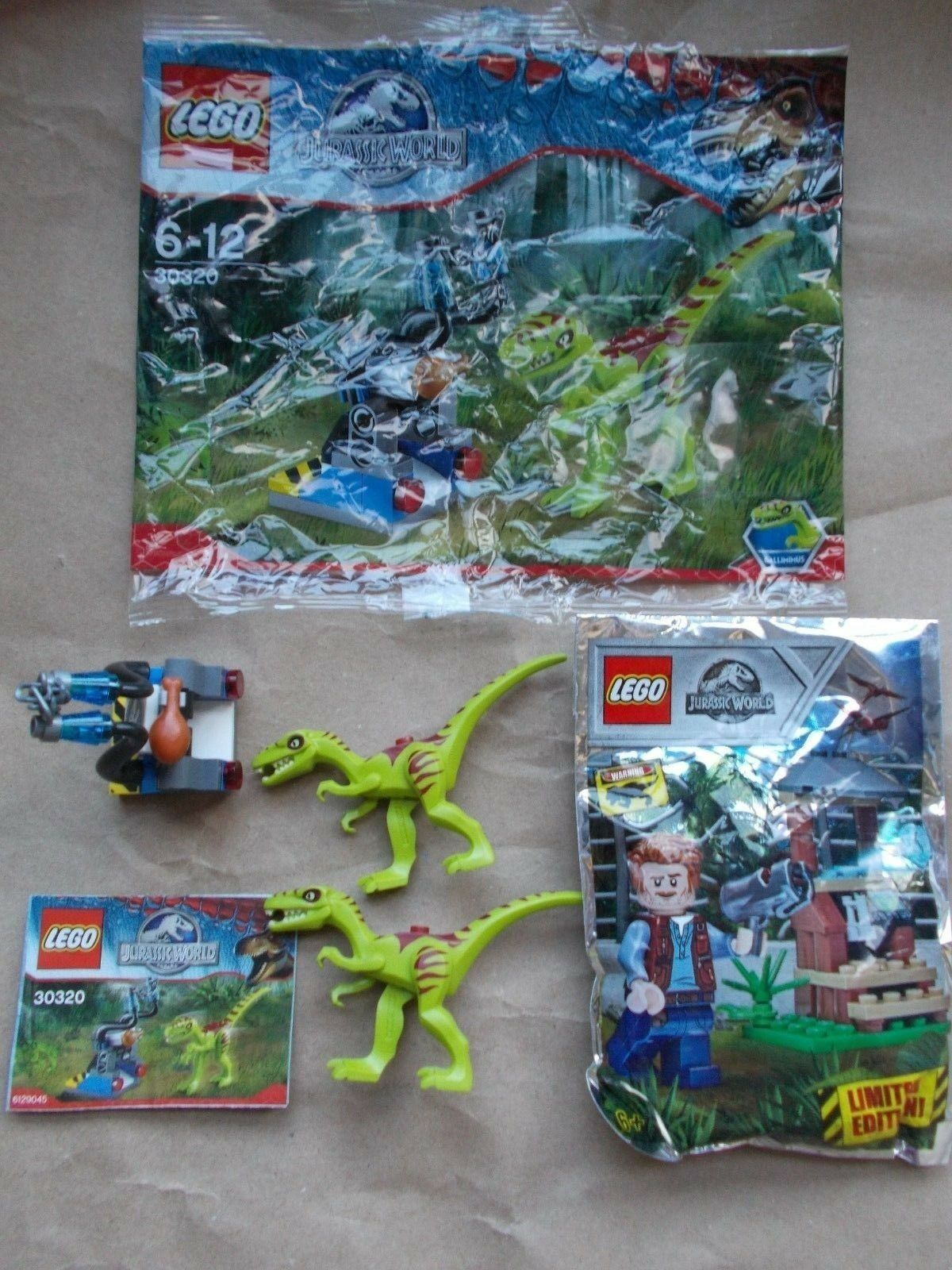 LEGO SET 30320 GALLIMIMUS TRAP+ INS 2 DINOSAURS NEW OWEN GRADY LOOKOUT POST MITB
