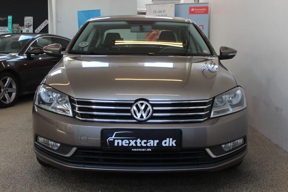 VW Passat 1,6 TDi 105 Comfortline BMT Diesel modelår 2011 km