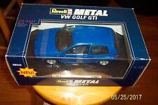 1:18 DIE CAST Revell 1998 VOLKSWAGEN GOLF GTI BLUE #08945 *missing antenna mast*
