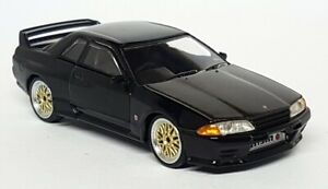 TSM-Mini-GT-1-64-Scale-Nissan-Skyline-GT-R-R32-Black-BBS-Wheels-RHD-Model