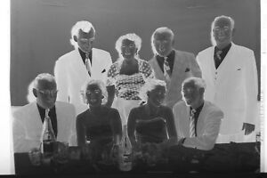 2-B-amp-W-Press-Photo-Negative-Groups-Banquet-Tables-Drinking-Canada-Dry-T2277