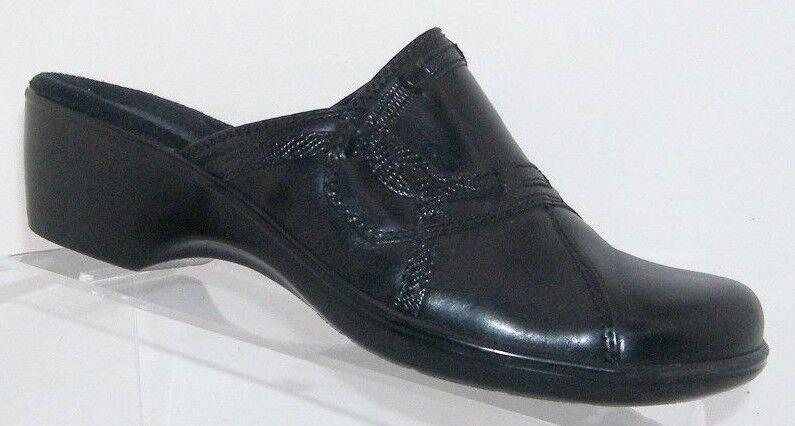 Clarks 'April Daisy' black leather round toe slip on clogs mules block heel 9.5M