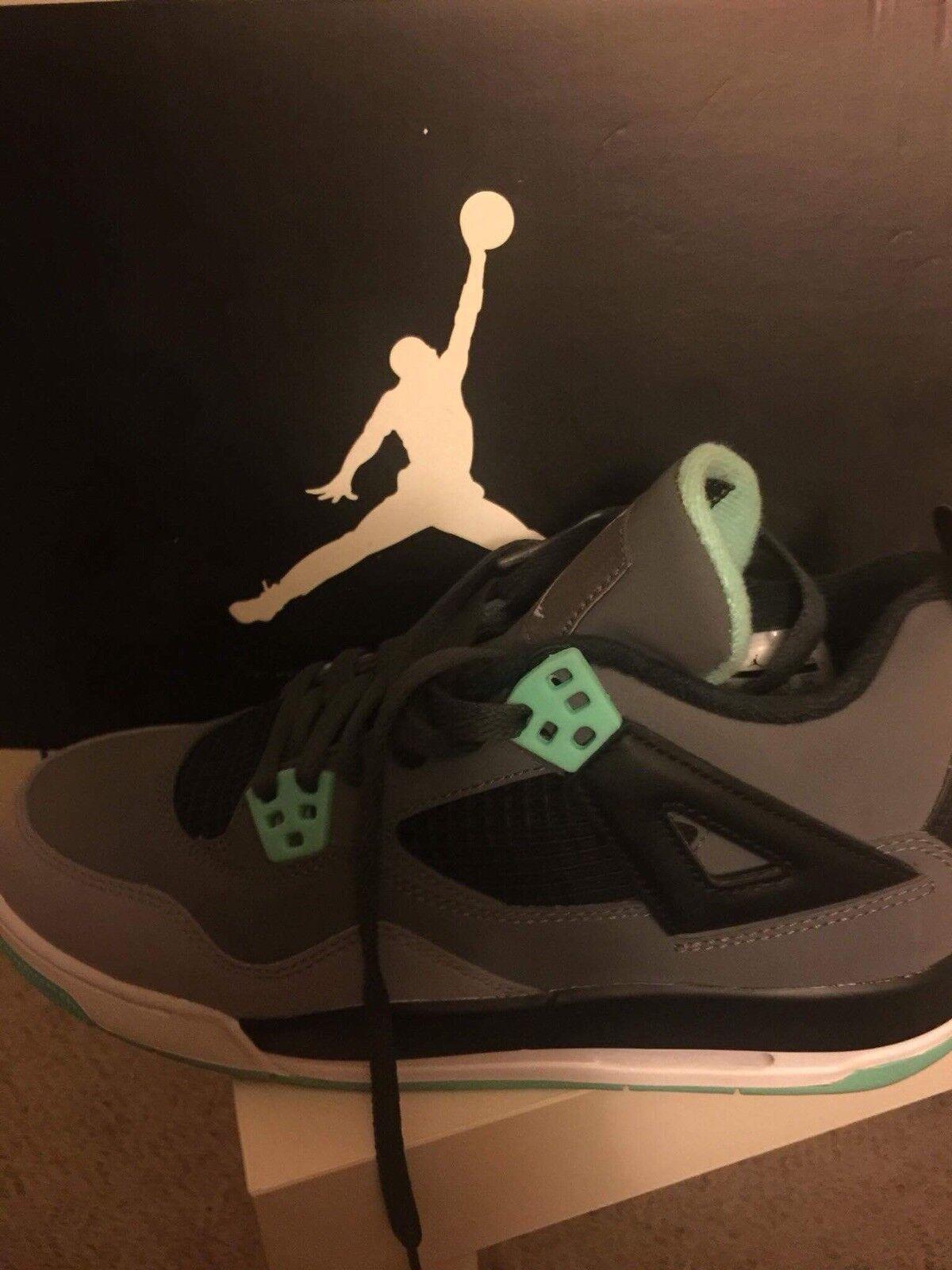 "Air Jordan 4 ""Green Glow"" sz 6"