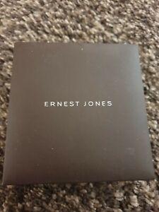 Ernest-Jones-White-gold-pendant-and-chain
