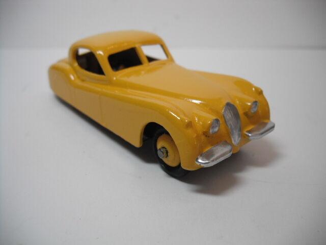 Vintage Mecanno Dinky Toys Jaguar XK 120 giallo, restaurado a Casi Nuevo B