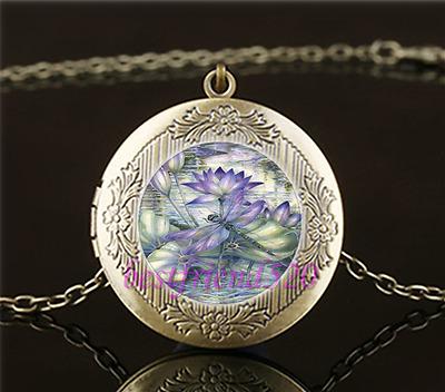 Vintage Hakra Nebula Photo Cabochon Glass Brass Locket Pendant Necklace