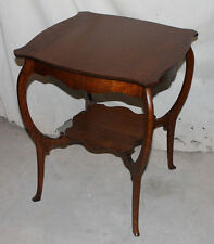 Antique Oak Parlor or Lamp Small Table – Quarter Sawn Oak – Stylish