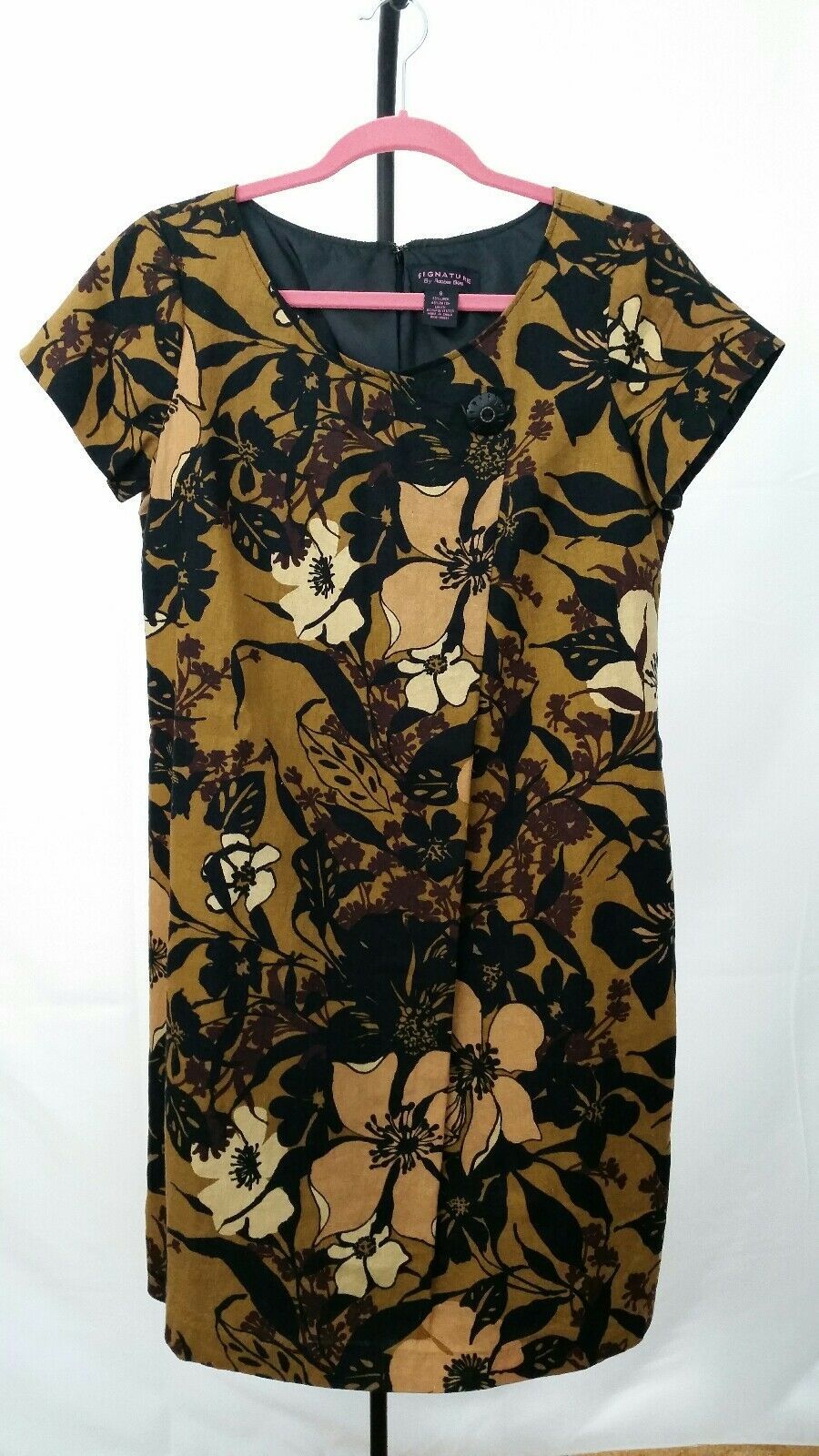 Signature by Robbie Bee Short Sleeve Fully Lined Dress Size 8 Zipper Closure