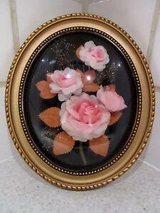 ancien-cadre-medaillon-bois-dore-verre-bombe-fleurs-vintage-deco-annees-1970