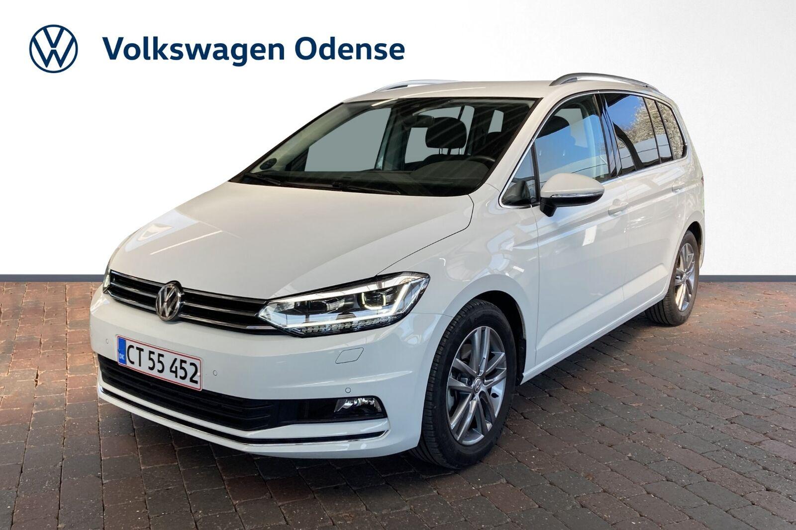 VW Touran 2,0 TDi 190 Highline DSG 5d - 359.900 kr.