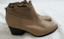 Coach ryer womens tan leather ankle booties boots sz 9