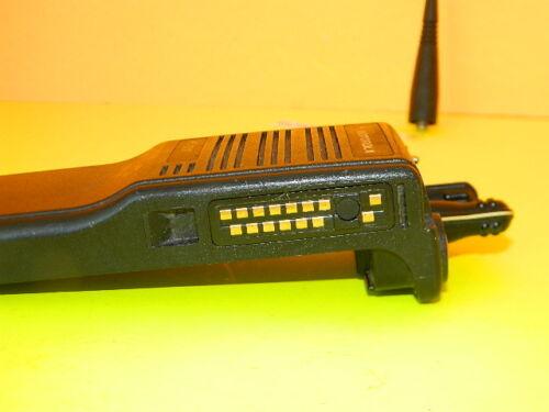 QUANTITY MOTOROLA HT1000 800MHZ RADIO HANDIE TALKIE H01UCC6AA3BN 16-F CLOSED 3W