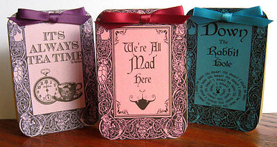 Alice in Wonderland 8 quotes tent card table decoration scrapbooking party favor