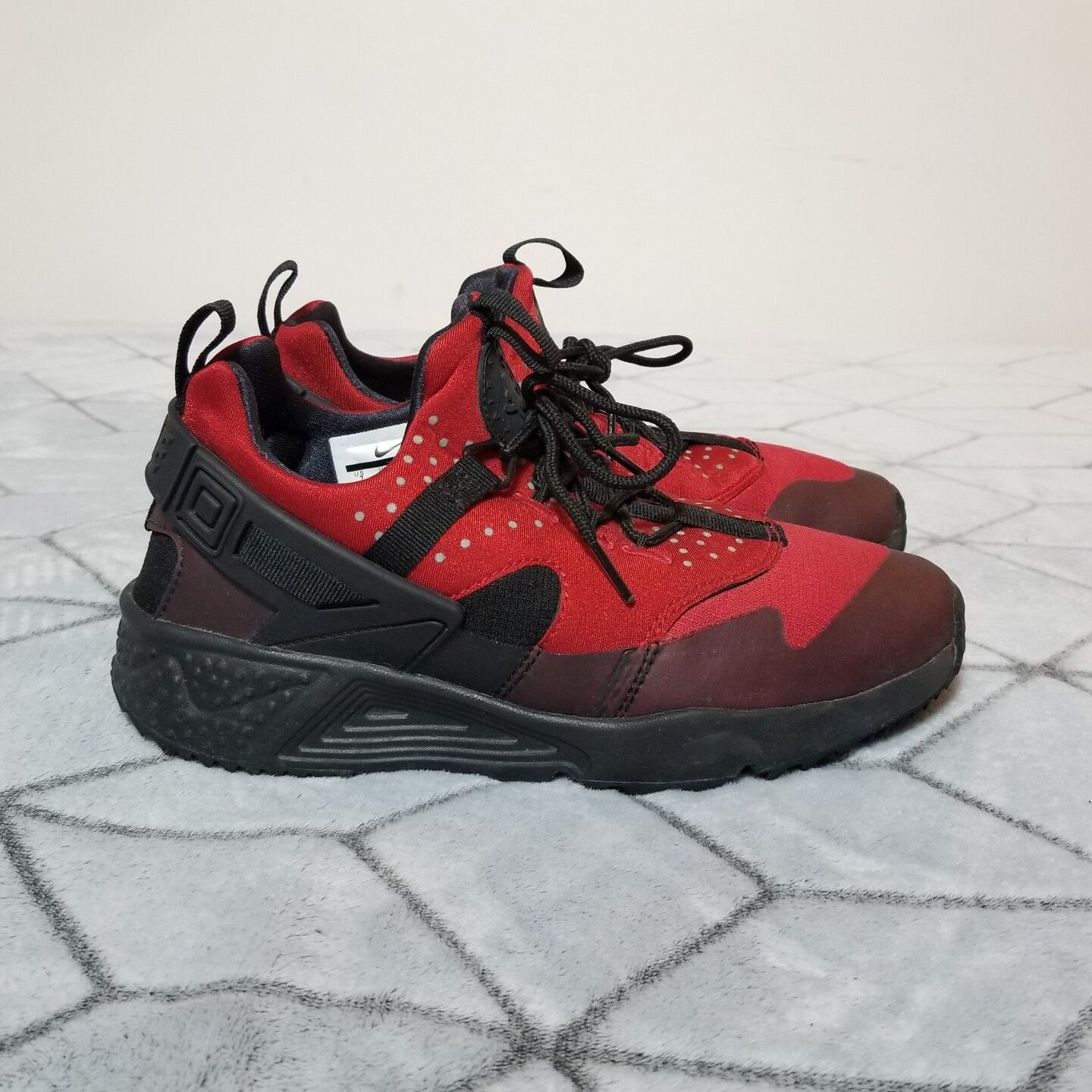 73d162a692 B31 Nike Air Huarache Utility (806807-600) Gym Red Athletic shoes Men Size