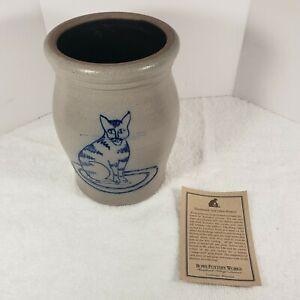 """Rowe Pottery Works Salt Glazed Blue Cat Kitten 2001 Crock Jar 6.5"""""""