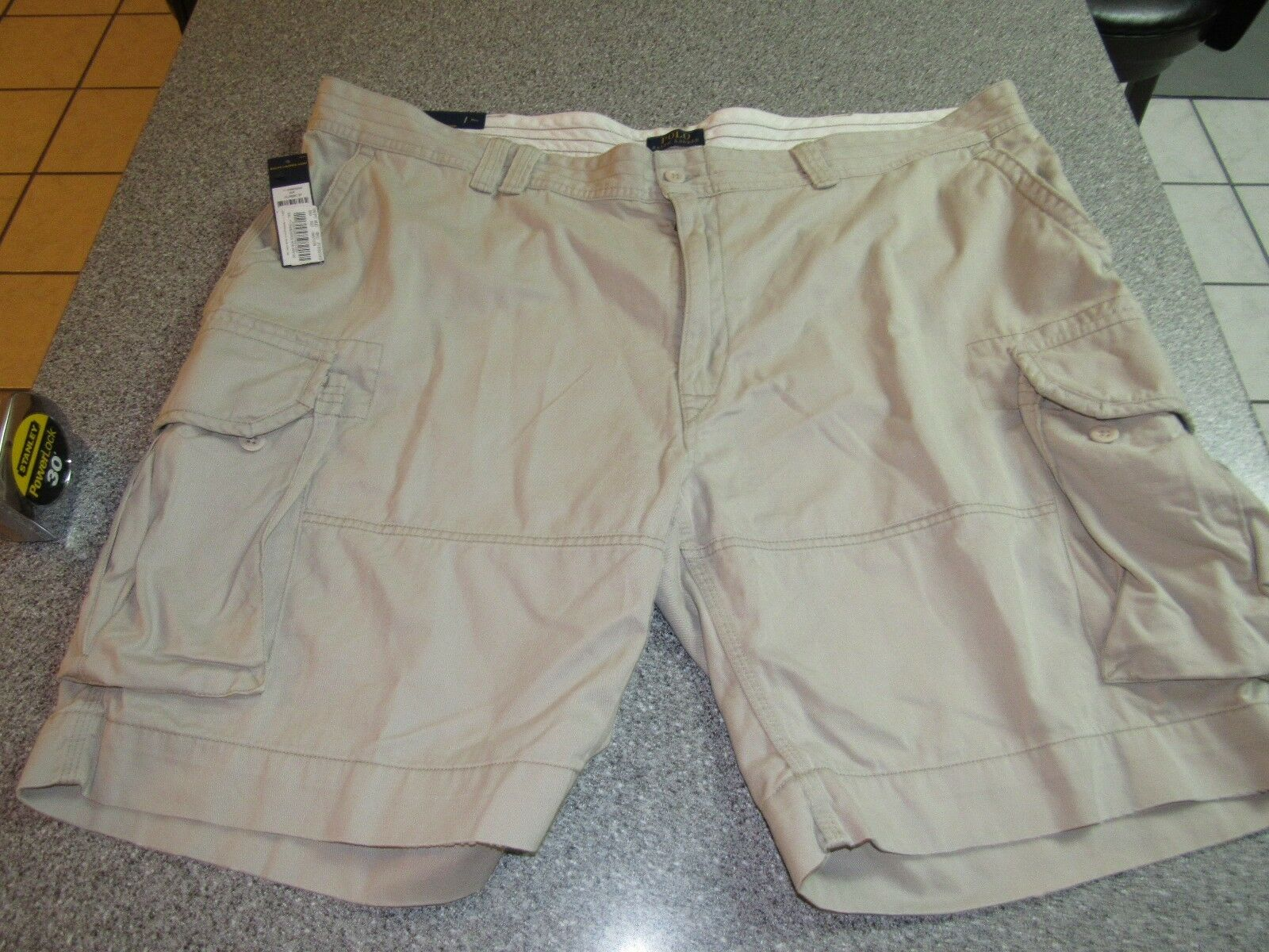 NWT MENS POLO RALPH LAUREN CLASSIC FIT CARGO KHAKI SHORTS 50B  RETAIL