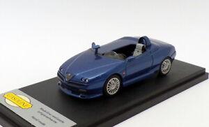 I-modelli-Benzina-1-43-SCALA-G01-1997-ALFA-ROMEO-GTV-Speedster-Dk-Blu