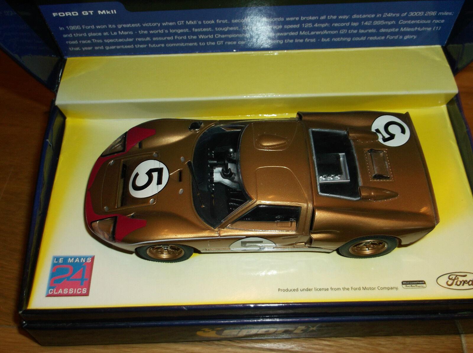 Tempêtes d'achat, d'achat, d'achat, le Nouvel An de Noël est le premier à être fort Scalextric C2465A FORD GT MK11 Ltd Edition 1791/4000 9283f5