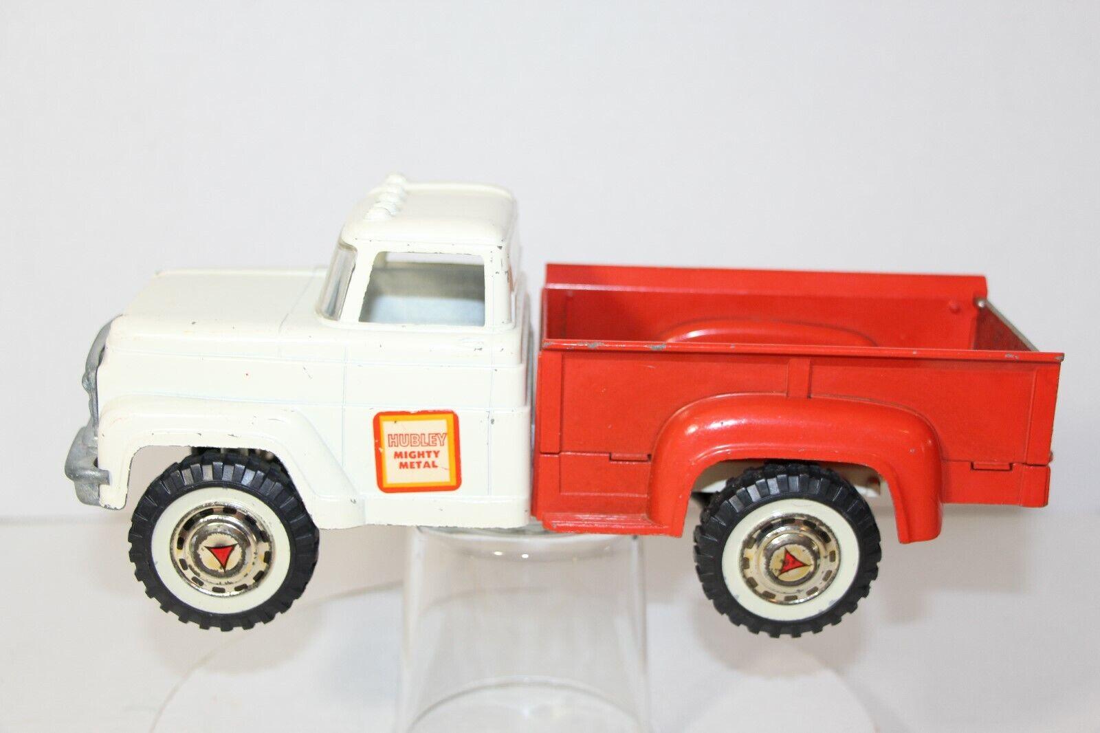Vintage Hubley Mighty métal Pressé Acier  Camionnette --- Très beau  le dernier