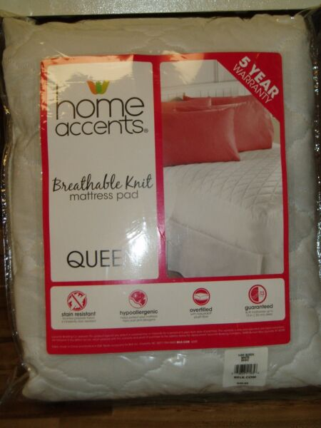 "$45 Queen Mattress Pad - Fits Up To 13"" Deep Mattress - New Helder En Doorschijnend Qua Uiterlijk"