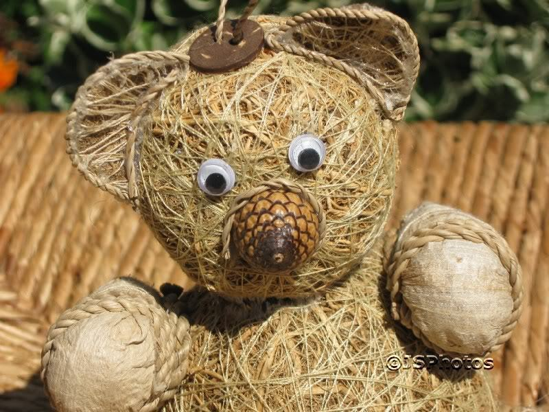 UK Straw Bear Bear Bear With Acorn Nose Handmade RARE 9b51b3