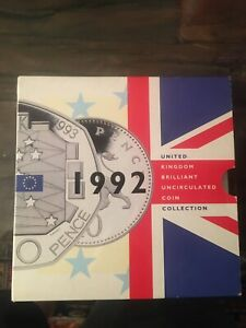1992 ROYAL Nuovo di zecca BRILLANTE MONETA MEDAGLIA Set con CEE DUAL DATATO Cinquanta Pence