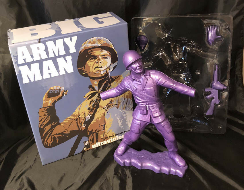 Frank Kozik SIGNED AUTOGRAPHED 17  PURPLE Big Army Man LE 50 Ultraviolence NIB