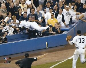 DEREK-JETER-NEW-YORK-YANKEES-UNSIGNED-8x10-PHOTO-B