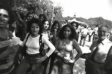 Garry WINOGRAND:  Women Are Beautiful c. 1970 / Silver Print / SIGNED / GW08
