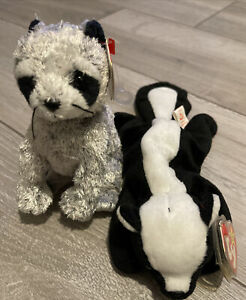 Ty Beanie Babies Stinky the skunk Bandito The Raccoon Retired Plush soft toy