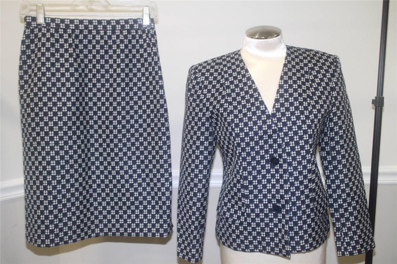 Vintage CELINE PARIS navy  and white plaid pattern skirt suit size 40 (su100