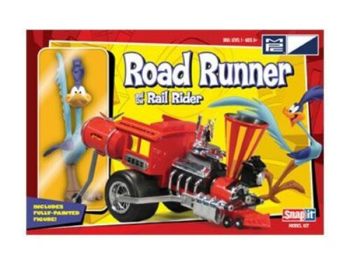 Road-Runner-and-the-Rail-Rider-Snap-it-model-kit-includes-fully-painted-figure