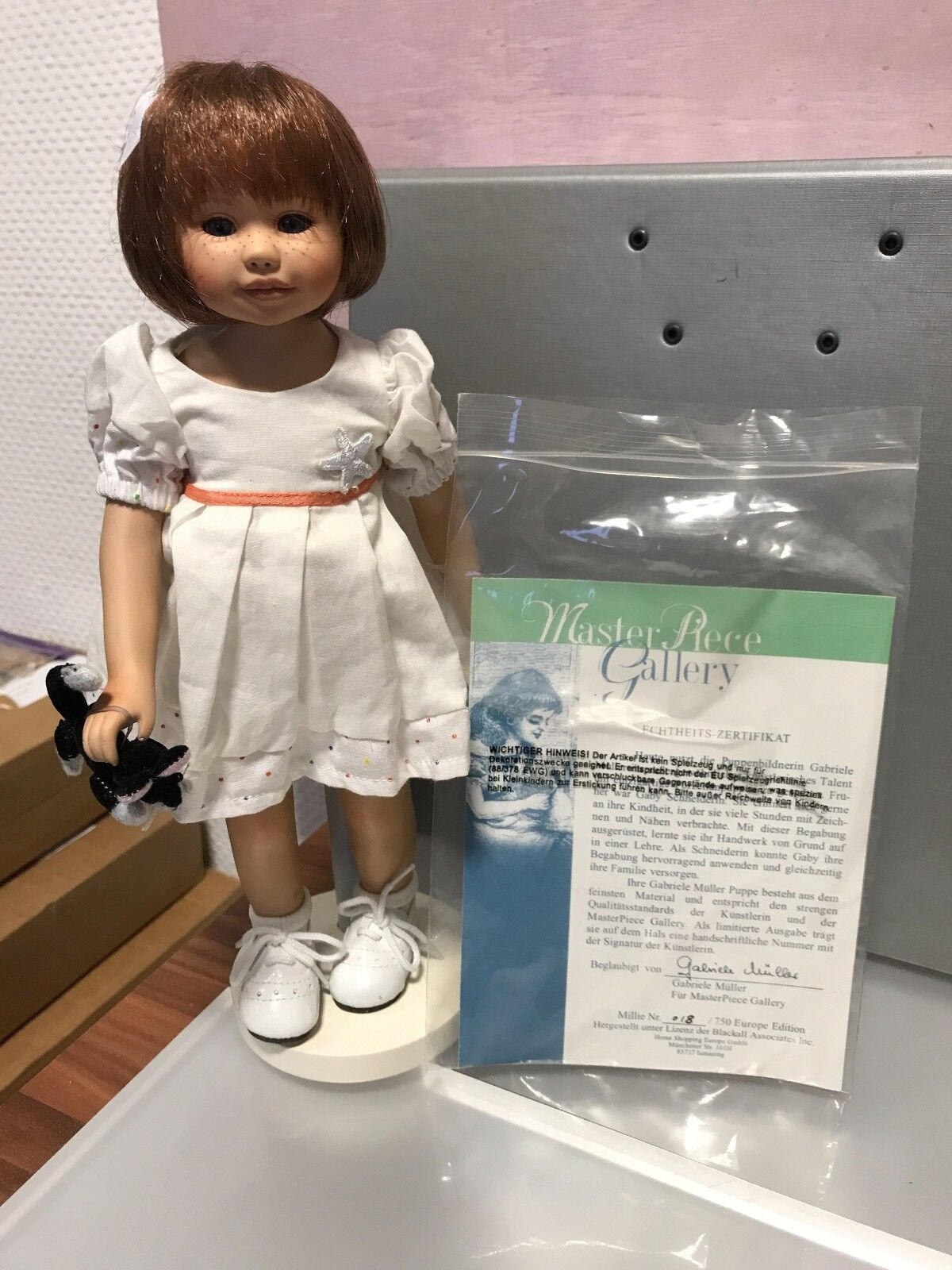 Gabriele Müller muñeca de porcelana Millie 29,5 cm. top estado