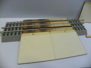 Railroad-Crossing-RAMPS-for-Lionel-O-3-rail-Straight-FasTrack-NEW-Product