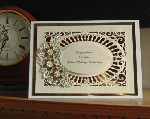 Handmade Personnalisé Doré Anniversaire De Mariage-Tout Nom ou Message.
