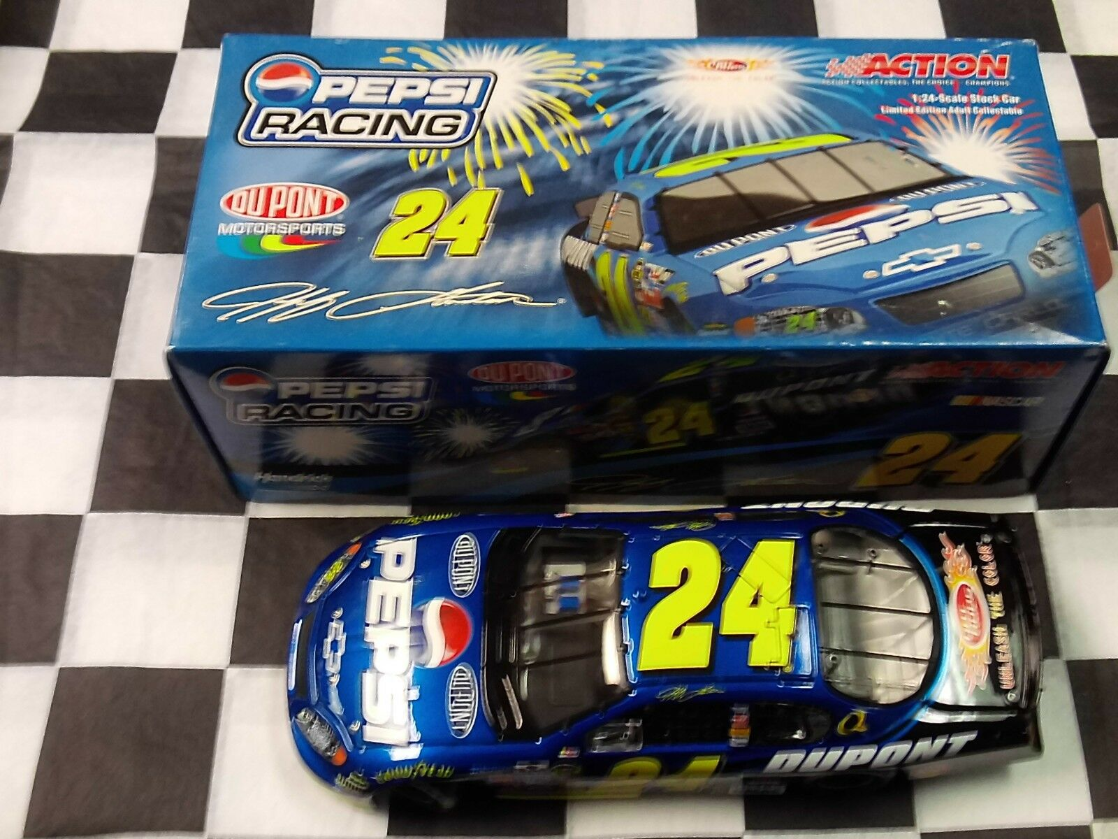 Jeff Gordon  24 DuPont Pepsi 2005 Monte Carlo Action 1 24 car NASCAR 109836