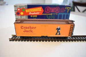 Vintage Mid-Century 1970's Roundhouse HO Model Train Cracker Jack, Old West Box