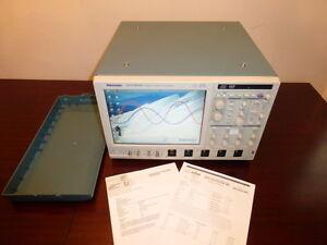 Tektronix-DSA70604B